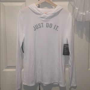 NIKE Women's Size M sweater | new with tag